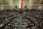 Lodzie-rowery-wodne-i-kajaki-Sejm-wyprzedaje-majatek-za-grosze